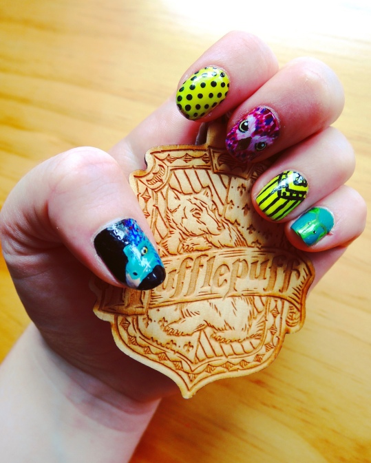 Fantastic Beasts Nails (Left) and Hufflepuff