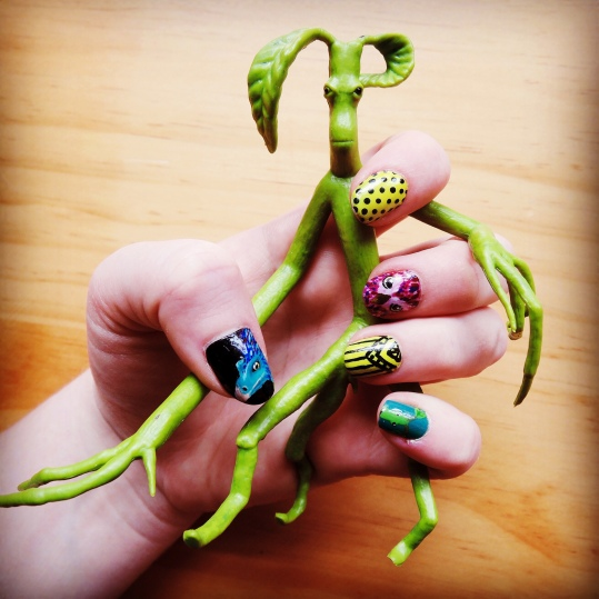 Fantastic Beasts nails (Left hand) and bowtruckle